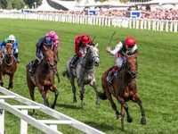 Star Catcher Claims the Irish Oaks For Sea The Stars